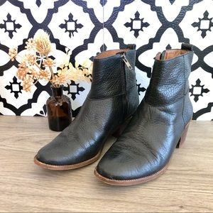 Madewell Perrie Boot in Pebbled Black Leather